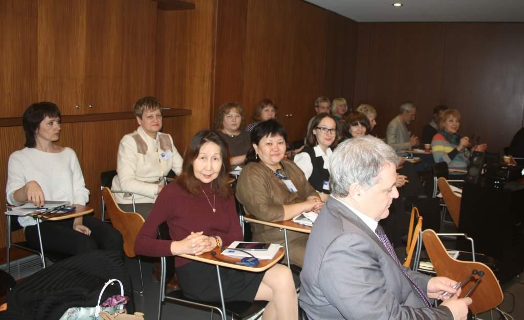 Нафото - российская делегация на семинаре в музее Мемориале _Шоа_. Париж, 8 февраля 2017 г..jpg